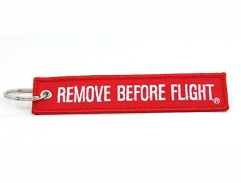 Schlüsselanhänger Remove Before Flight